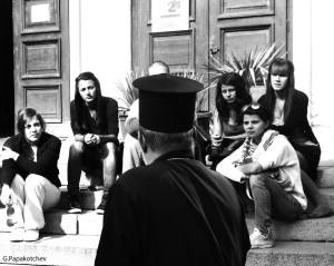 Students&Priest Sofia 281013