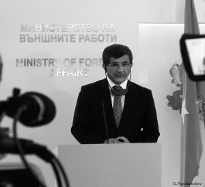 Davutoglu Turkish PM in Sofia 010314